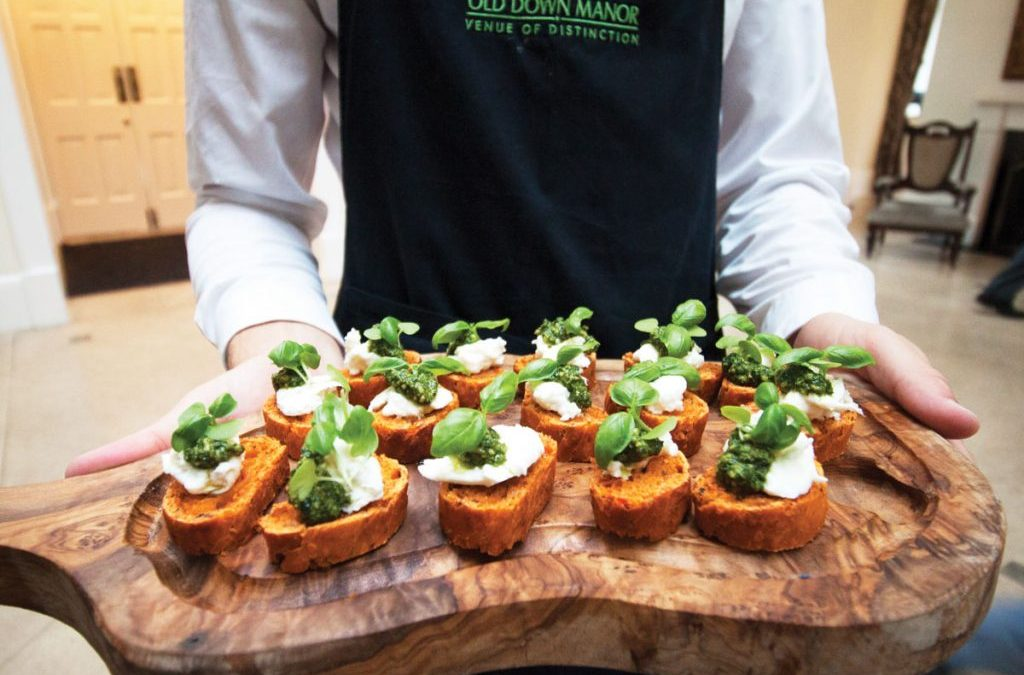 Canapés – A Finger Licking Treat